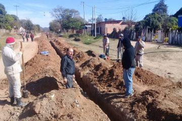 Isidro Ruarte visito obras en ejecución de cloacas en distinto puntos de general mosconi salta