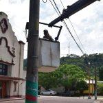 OBRAS PUBLICAS: 05-04-2019   El equipo de electricidad a cargo de Jose Luis Ola,…