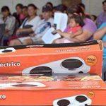 OFICINA DE REGULARIZARON DE TIERRAS:25-06-2019  La Jefa del sector  Sra Daniela …
